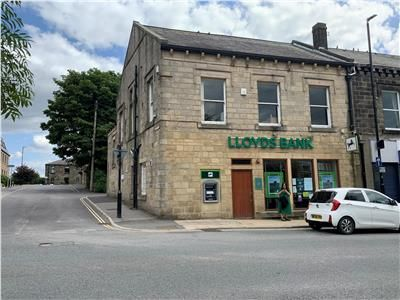 Thumbnail Retail premises to let in 38, Town Street, Leeds, Horsforth, West Yorkshire