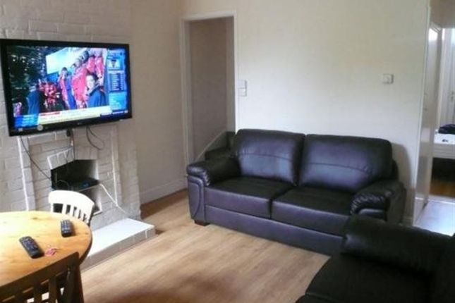 Thumbnail Property to rent in Oxford Street, Loughborough