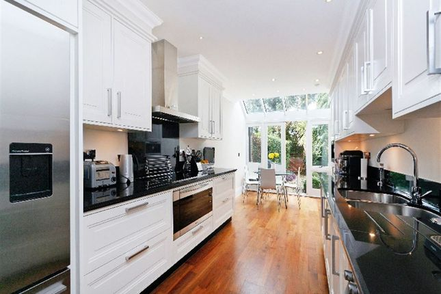 Thumbnail Property to rent in Laubin Close, St Margarets, Middlesex