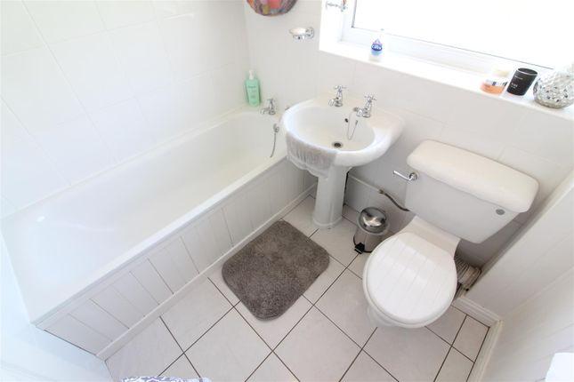 Bathroom of St. James Close, Sutton-On-Hull, Hull HU7