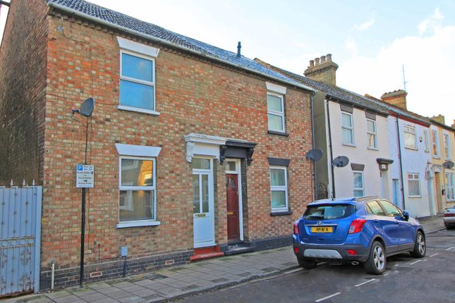 Thumbnail Semi-detached house to rent in Battison Street, Bedford