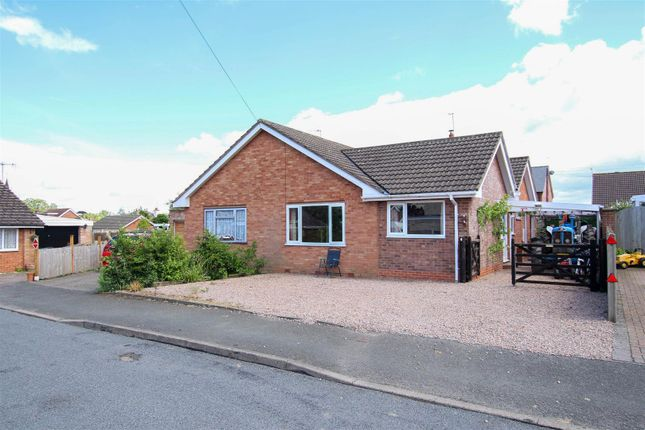 Thumbnail Semi-detached bungalow to rent in Welland Gardens, Welland, Malvern