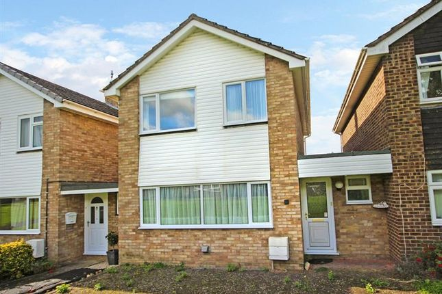 Thumbnail Link-detached house for sale in Farmers Close, Witney