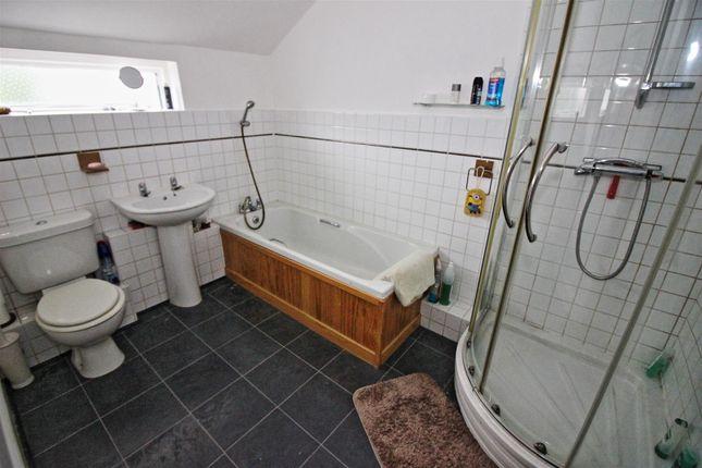 Bathroom of St. James Street, Stapleford, Nottingham NG9