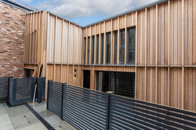 Thumbnail Mews house for sale in Highbank, Green Walk, Bowdon