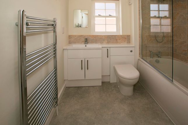 Bathroom of Fieldfayre Court, The Street, Swallowfield, Reading RG7