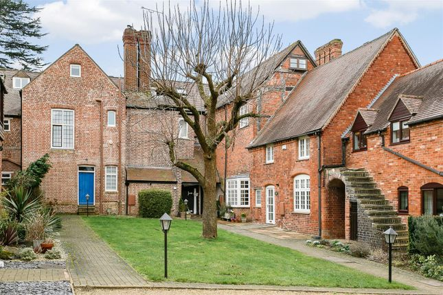 Thumbnail Mews house for sale in Radford Hall, Southam Road, Radford Semele, Warwickshire