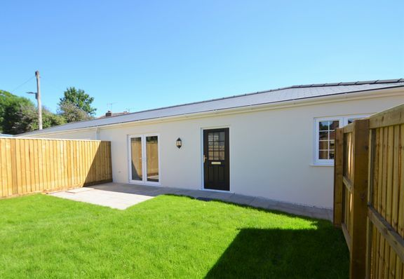 Thumbnail Semi-detached bungalow for sale in Chapel Street, Tiverton