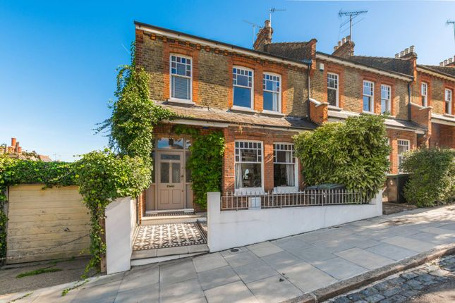 Thumbnail Property to rent in Gladwell Road, Crouch End