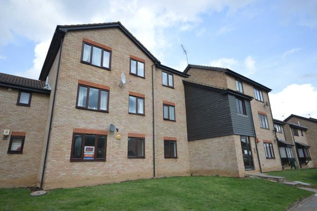 Thumbnail Flat to rent in Halifield Drive, Belvedere
