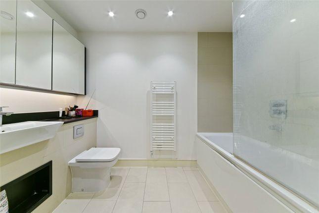 Bathroom of Ivy Point, 5 Hannaford Walk, Bow, London E3