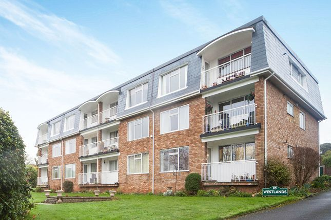 Thumbnail Flat to rent in Douglas Avenue, Exmouth