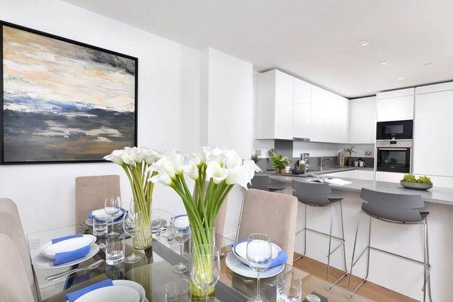Thumbnail Flat for sale in Elizabeth Apartments, Dickens Yard, Ealing