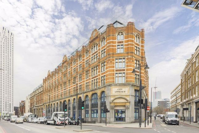 3 bed flat for sale in City Road, London EC1V