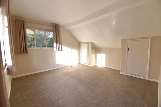 Picture No. 09 of Lime Avenue, Camberley, Surrey GU15