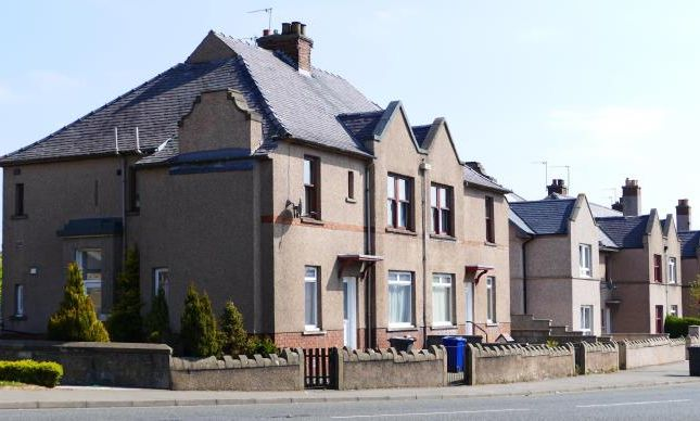 Thumbnail Semi-detached house to rent in High Street, Loanhead