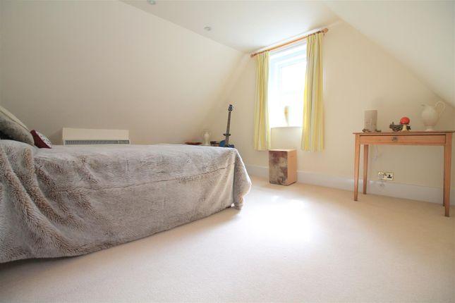 Bedroom 4 of Kings Barn Villas, Steyning BN44
