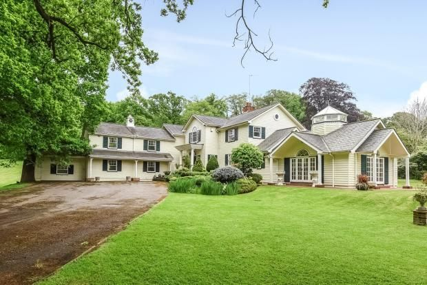 Thumbnail Detached house to rent in West End Lane, Esher