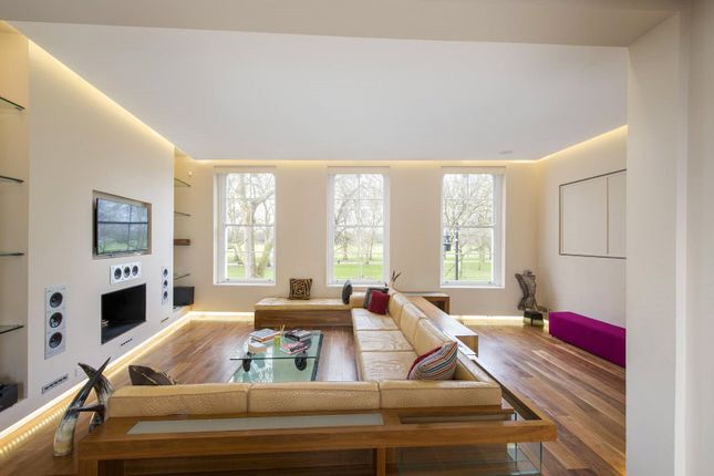 Thumbnail Terraced house to rent in Cadogan Terrace, Victoria Park, London