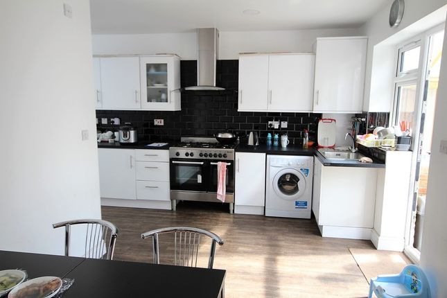 Thumbnail End terrace house to rent in Victoria Road, Barking