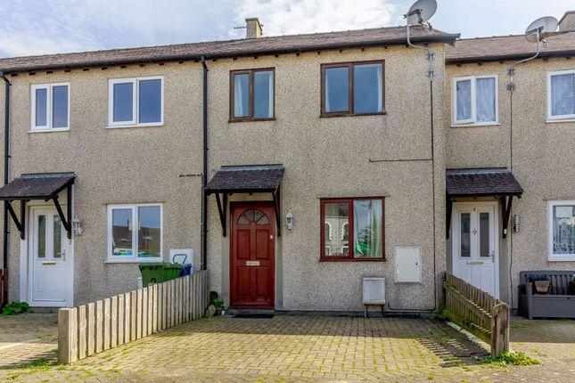 Thumbnail Terraced house for sale in Corlan Y Rhos, Caernarfon