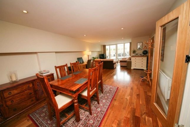 Thumbnail Flat for sale in 1 Brewhouse Lane, Putney, London