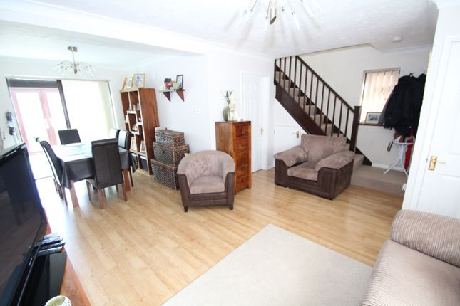 3 bed detached house for sale in Turner Road, Stowmarket