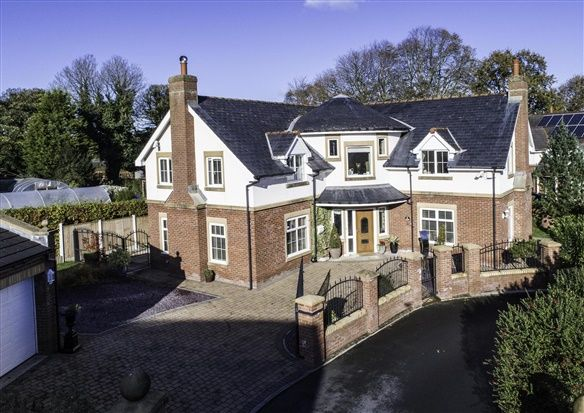 4 bed property for sale in 1 Townside Gate, Preston