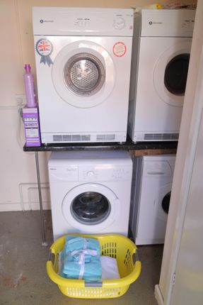 Laundry Room  of Eccles Old Road, Salford M6