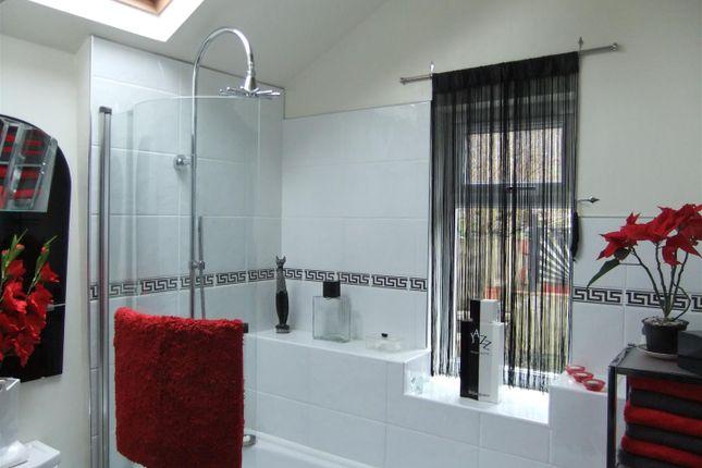 Bathroom of New Row, Pontrhydygroes, Ystrad Meurig SY25