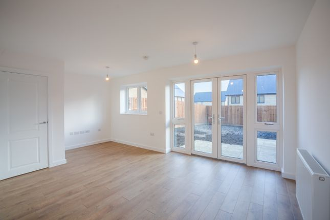 Thumbnail Semi-detached house for sale in Devonshire Road, Grays