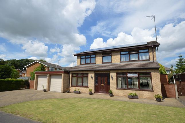 Thumbnail Detached house for sale in Ladywood Road, Spalding