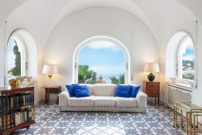 Thumbnail Town house for sale in Via Castiglione, 80073 Capri Na, Italy