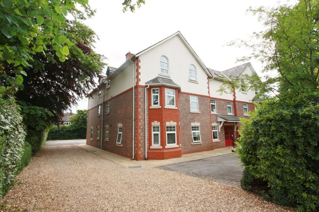 1 bed flat to rent in Whitefield Road, Stockton Heath, Warrington