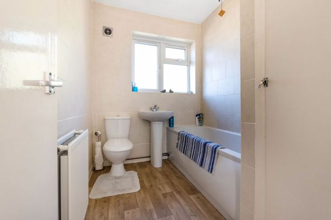 Bathroom of Woodchurch Close, Sidcup DA14