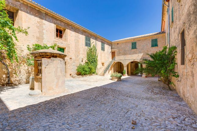Thumbnail Country house for sale in Peguera, Calvià, Majorca, Balearic Islands, Spain
