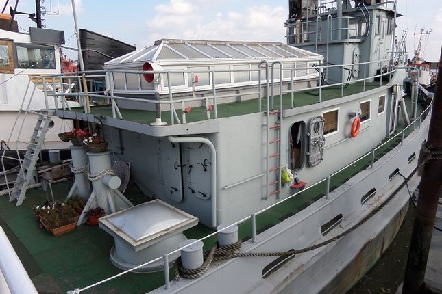 4 bed houseboat for sale in Vicarage Lane, Port Werburgh, Hoo, Rochester