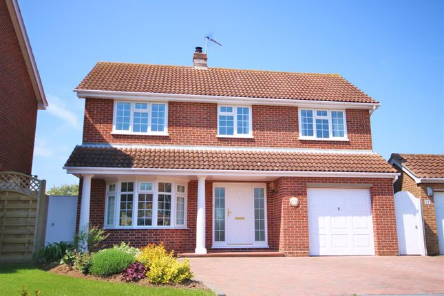 Thumbnail Detached house for sale in Ashes Close, Walton On The Naze