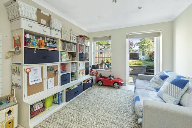 Picture No. 12 of Culverden Terrace, Oatlands Drive, Weybridge, Surrey KT13