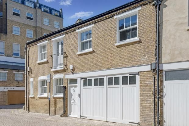 Thumbnail Mews house for sale in Lancaster Mews, Hyde Park