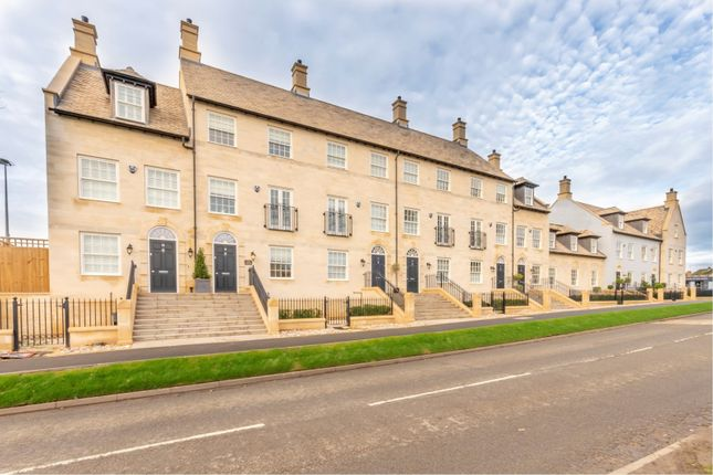 Thumbnail Terraced house to rent in Kettering Road, Stamford
