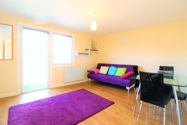 2 bed flat to rent in North Crescent, 55 North Street, Leeds