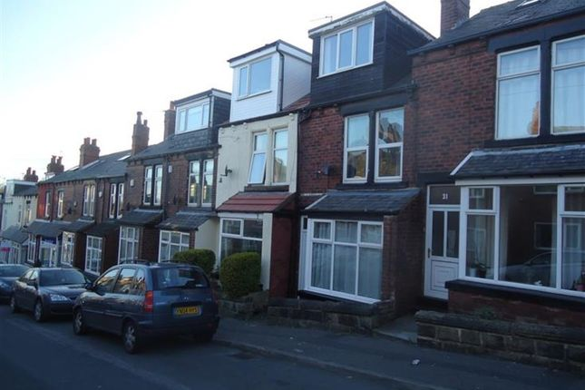 3 bed terraced house to rent in Hawksworth Grove, Kirkstall