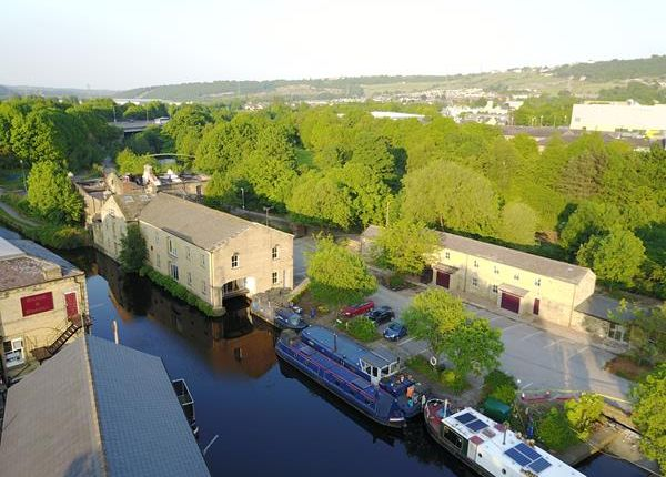 Thumbnail Office to let in Suite 3, The Warehouse, Gas Works Lane, Elland