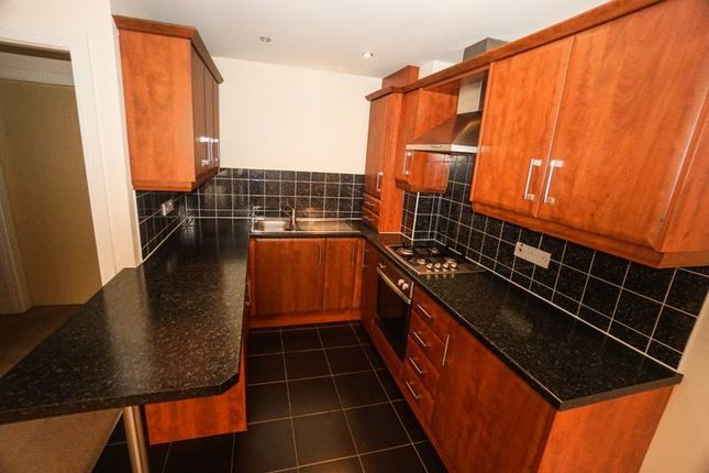 Thumbnail Flat to rent in Brownlow Road, Horwich, Bolton