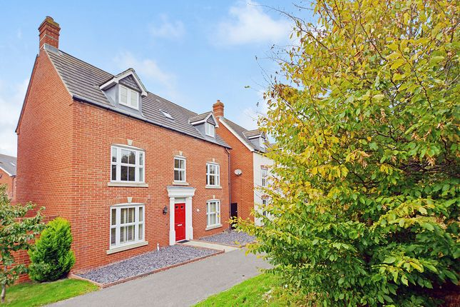 Thumbnail Detached house for sale in Bluebell Road, Kingsnorth, Ashford