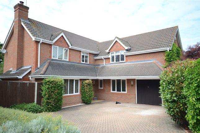 Picture No. 15 of Montague Close, Wokingham, Berkshire RG40