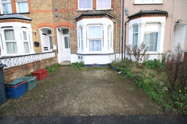 Thumbnail Flat to rent in Montague Road, Hounslow, Greater London