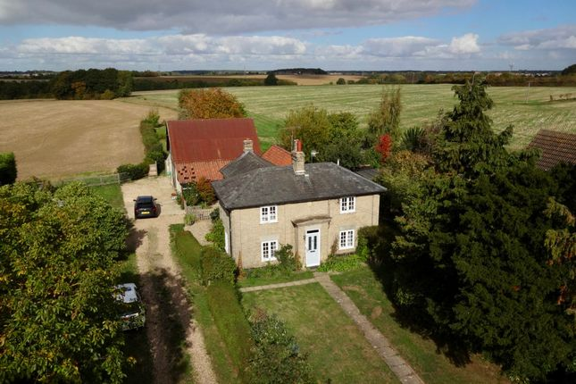 Thumbnail Detached house for sale in Bildeston Road, Combs, Stowmarket