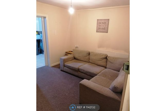 2 bed flat to rent in Back Lane, Haverfordwest SA61